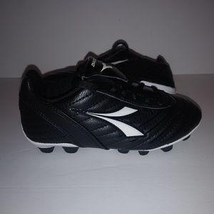 2f35fc2a4 Diadora Toddler Soccer Cleats Size 11